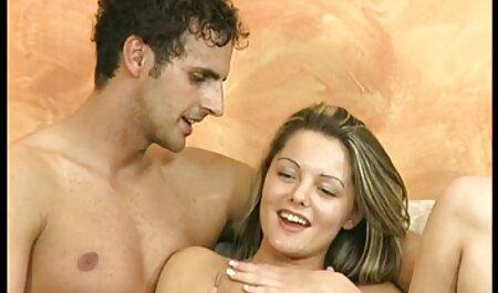 Amateur close-up seks met een mooie gratis pornfilms en rondborstige blondine